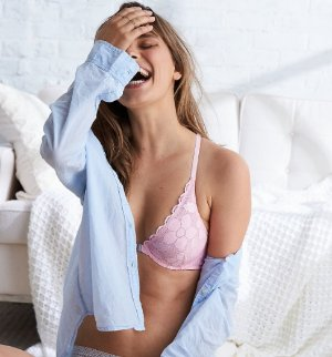 Take 30% off + FREE Shipping@ Aerie by American Eagle