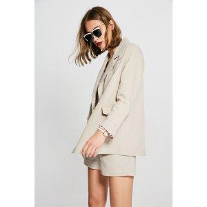 Day Blazer/Shorts Set OU0743
