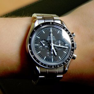 $3275(Orig $5,250)OMEGA Speedmaster Professional Moonwatch Men's Watch