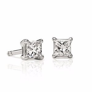 40% OffSelect Top Selling Diamond Earrings @ Blue Nile