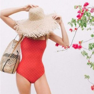 20% offSWIM Collection and Other Beach Essentials @ W Concept
