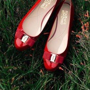 Extra 30% offDesigner Shoes, Handbags @ Yoox