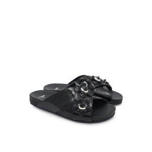 Fendi Leather Flat Sandals