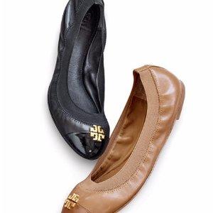 $150.75 (原价$225) + 免邮TORY BURCH 真皮平底鞋Jolie两色6.7折促销  码全