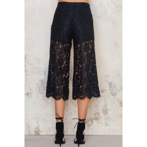 Lace Highwaist Culotte Pants - Buy online | NA-KD