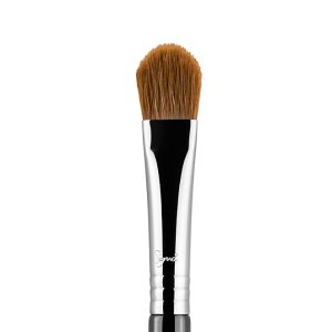 E60 - Large Shader Brush | Sigma Beauty