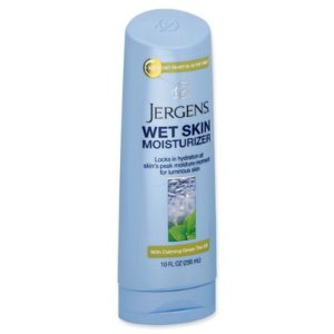 Jergens® 10 fl. oz. Wet Skin Moisturizer with Calming Green Tea Oil