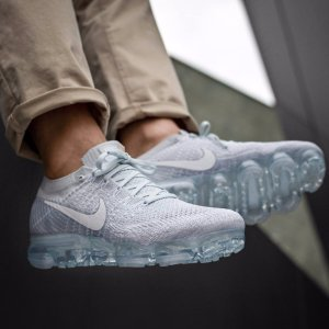 Women's Nike Air VaporMax Flyknit Running Shoes