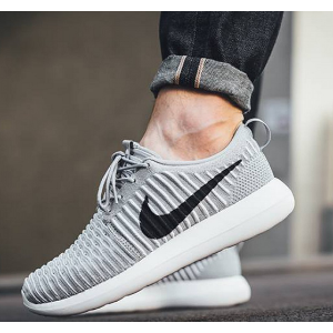 Nike Roshe Two Flyknit Men's Shoe.