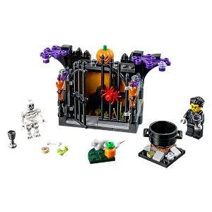 LEGO® Halloween Haunt - 40260   LEGO Shop