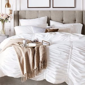 30% Off + Free ShippingAll Bedding @ Pottery Barn