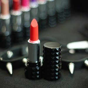 Studded Kiss Lipstick @ Kat Von D Beauty