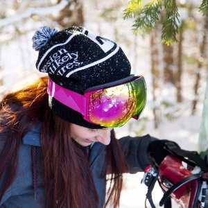 $22OutdoorMaster Ski Goggles PRO - Frameless, Interchangeable Lens 100% UV400 Protection Snow Goggles