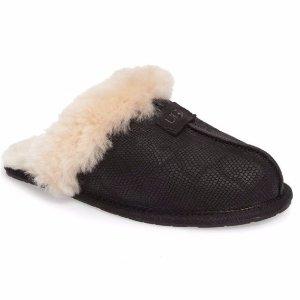 $56.91UGG 羊羔毛女生家居拖鞋 黑