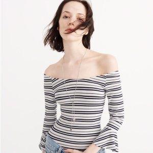 封面$5 (原价$28),$34的T恤仅$10即将截止:Abercrombie & Fitch 精选男女服饰两日热卖,$12收香水