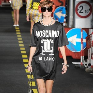 Up to 75% OffMoschino @ THE OUTNET
