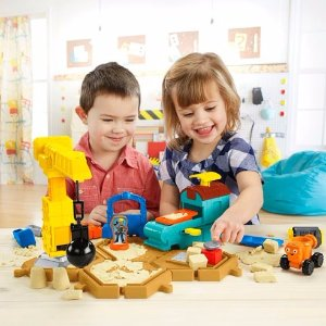$8.48 Fisher-Price Bob the Builder Mash & Mold Construction Site
