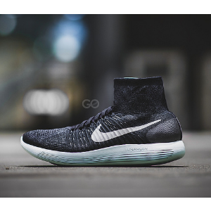 Nike LunarEpic Flyknit Men's Running Shoe.