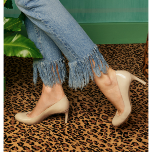 Moody Mid Heel Pumps - Shoes | Shop Stuart Weitzman