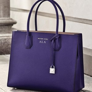 Up to 40% Off+Extra 25% OffSelect Tote @ Michael Kors