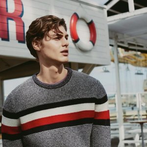 Extra40% OFFTommy Hilfiger Men's Sweaters Hoodies Sale