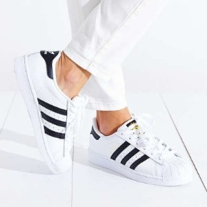Up to 50% OffWomens Sneakers @ Urban Outfitters