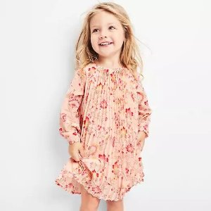 Up to 50% Off + Extra 20% OffFree Shipping on Kid's Clothing @ Gap