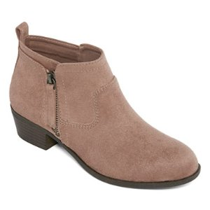 $19.99Boots for Her @ JCPenney