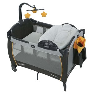 史低价 $75.65Graco Pack 'n Play 游戏床带可拆卸摇篮