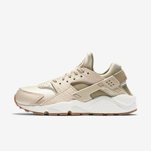 Nike Air Huarache Premium Women's Shoe.
