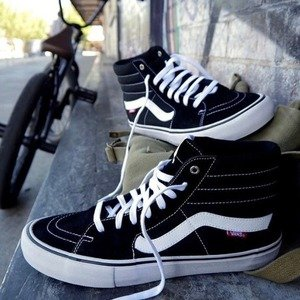 Dealmoon Exclusive 30% OFFadidas Vans Converse Men's Sneaker Sale