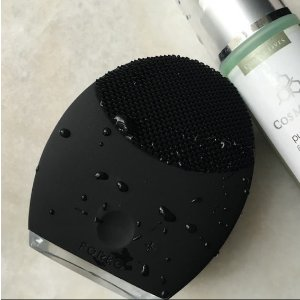LUNA 2 for MEN T- Sonic Face Brush, Anti-Aging and Pre-Shaving Device in One   FOREO