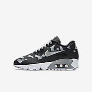 Nike Air Max Tavas SE Big Kids' Shoe.