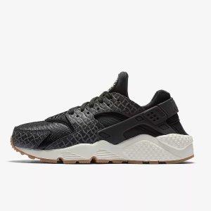 Nike Air Huarache Premium Women's Shoe. Nike.com