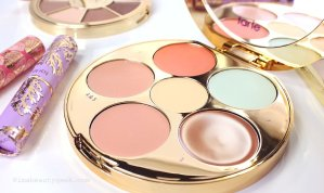 $31.5limited-edition wipeout color-correcting palette Sale