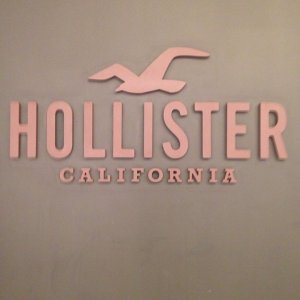 Up to 50% Off + Extra 25% OffSitewide @ Hollister