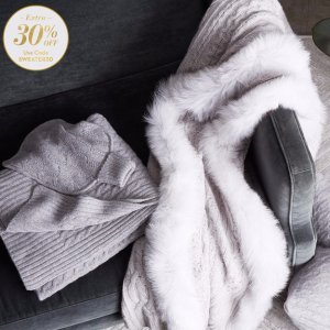 Extra 30% OffCashmere & Fur Throws & More @ Gilt