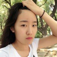 Julie玥
