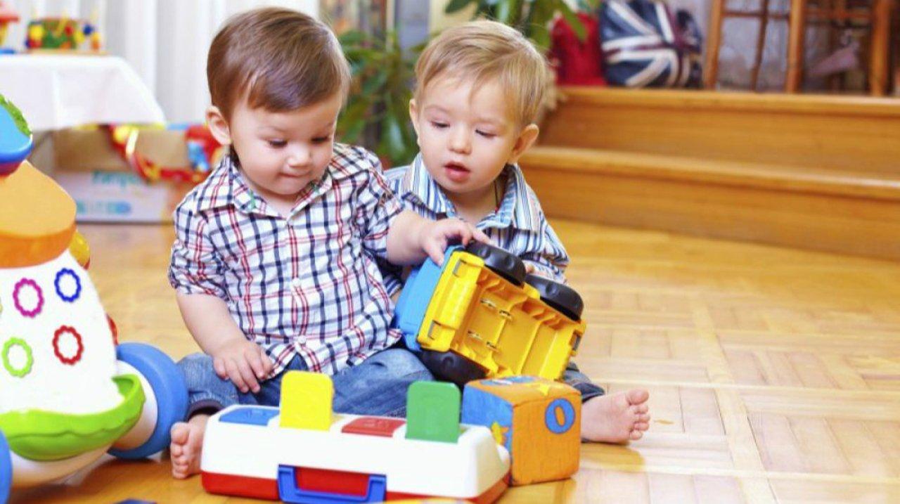 挑玩具也要讲科学:1岁宝宝玩具推荐