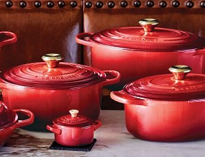 Receive a Free OrnamentFrom $50 or more @ Le Creuset