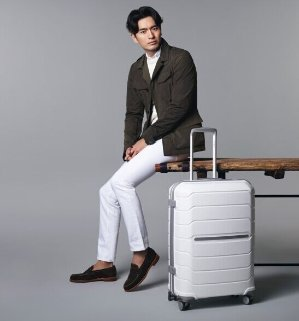 Savings Up to 69% Off + Free ShippingDealmoon Exclusive Select luggage items  @JS Trunk & Co.