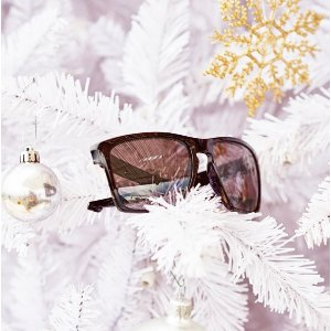 Up to 50% OffSelect Sale Styles @ Sunglass Hut