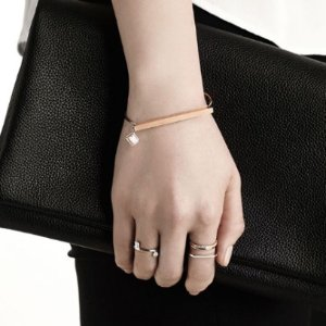 Up to 60% OffCouronne X Amanda Ghost Romantic Jewelry Purchase @ KOLONmall