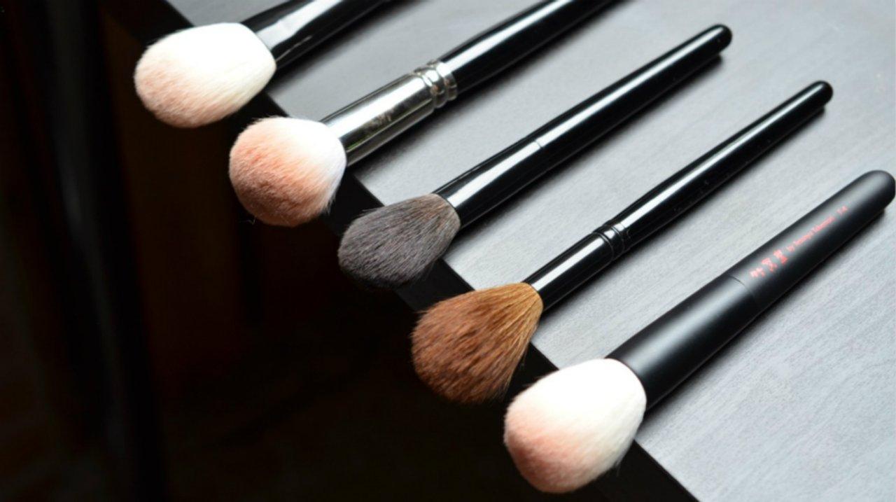 化妆刷该怎么选?刷型大解析——面部底妆篇