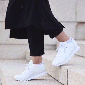 独家!7.5折+包邮收经典小白鞋~Road Runner Sports官网全场服饰运动鞋促销
