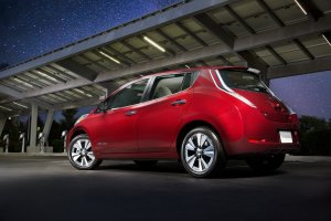 Skip the Car StuffTake on Car Hassles with the 100% Electric Nissan LEAF®