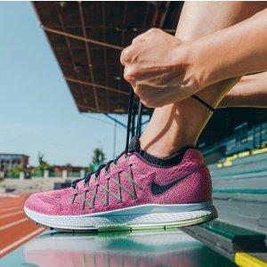 低至5折Road Runner Sports 精选 Nike 男女运动装备热卖