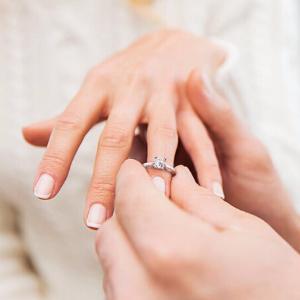 最高立减$50  收高性价比婚戒Kay Jewelers 官网精选钻石、珠宝首饰等单身节热卖