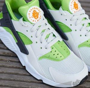 fe55f4f1206 Nike Air Huarache Action Green $79.98(reg.$110.00) - Dealmoon