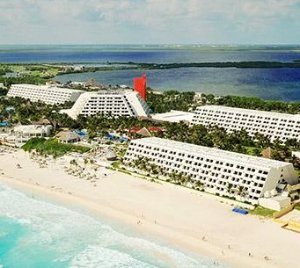 3 Nights with Air from $399Pre-Black Friday Cancun Travel Sale @ Cheap Caribbean